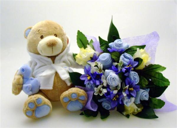 Blue Bathtime Bear & Medium Bouquet
